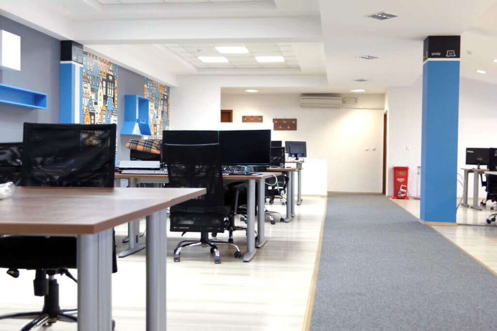Aerodrom Office 6